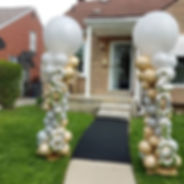 gold and silver balloon columns.jpg