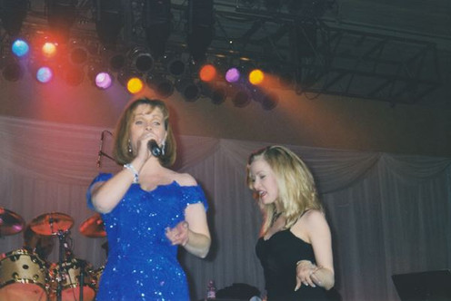 Jana Anderson dancing and Singing with Sheena Easton