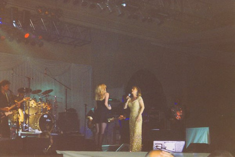 Jana Anderson singing with Sheena Easton as her background singer