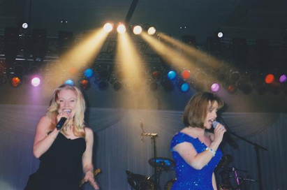 Jana Anderson singing and dancing backups with Sheena Easton