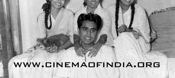 Mangeshkar Brother and Sisters