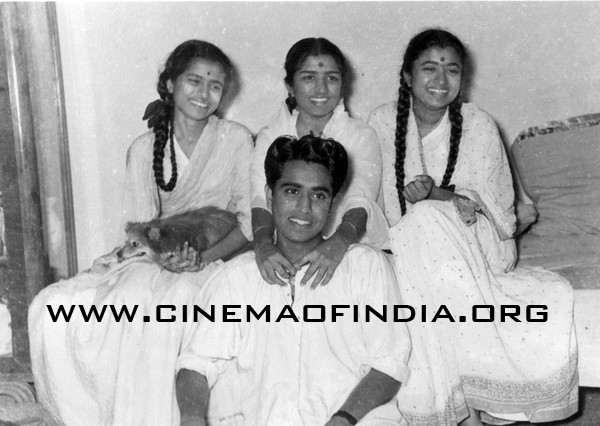 Mangeshkar Brother and Sisters