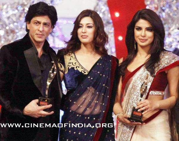 Shahrukh Khan, Sonali Bendre and Priyanka Chopra