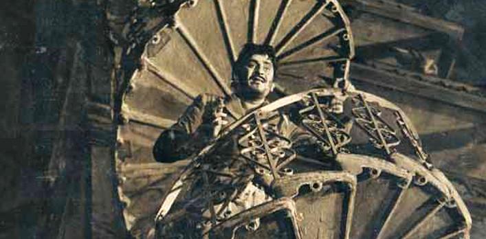 Raj Kapoor in Jaagte Raho