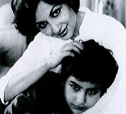 Sharmila Tagore and young Saif Ali Khan