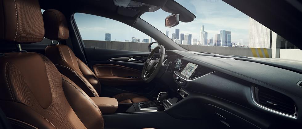 Opel_Insignia_AGR_21x9_ins18_i01_032.jpg