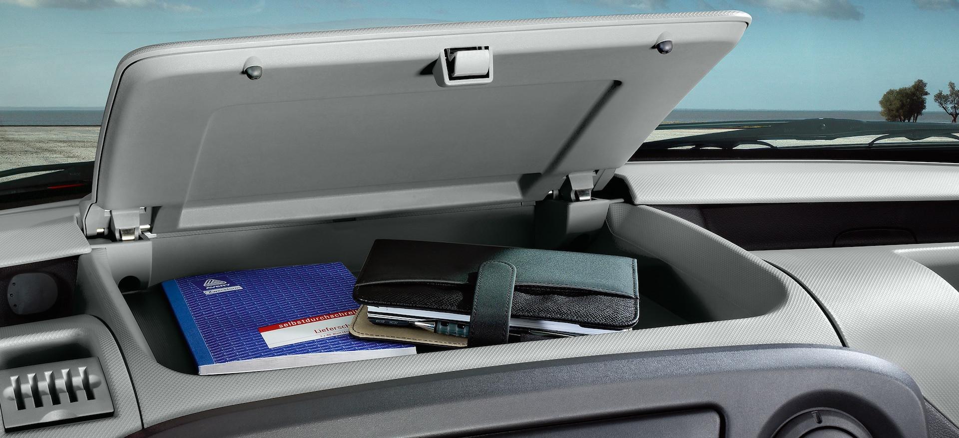 Opel_Movano_Storage_21x9_mo11_i01_634.jp