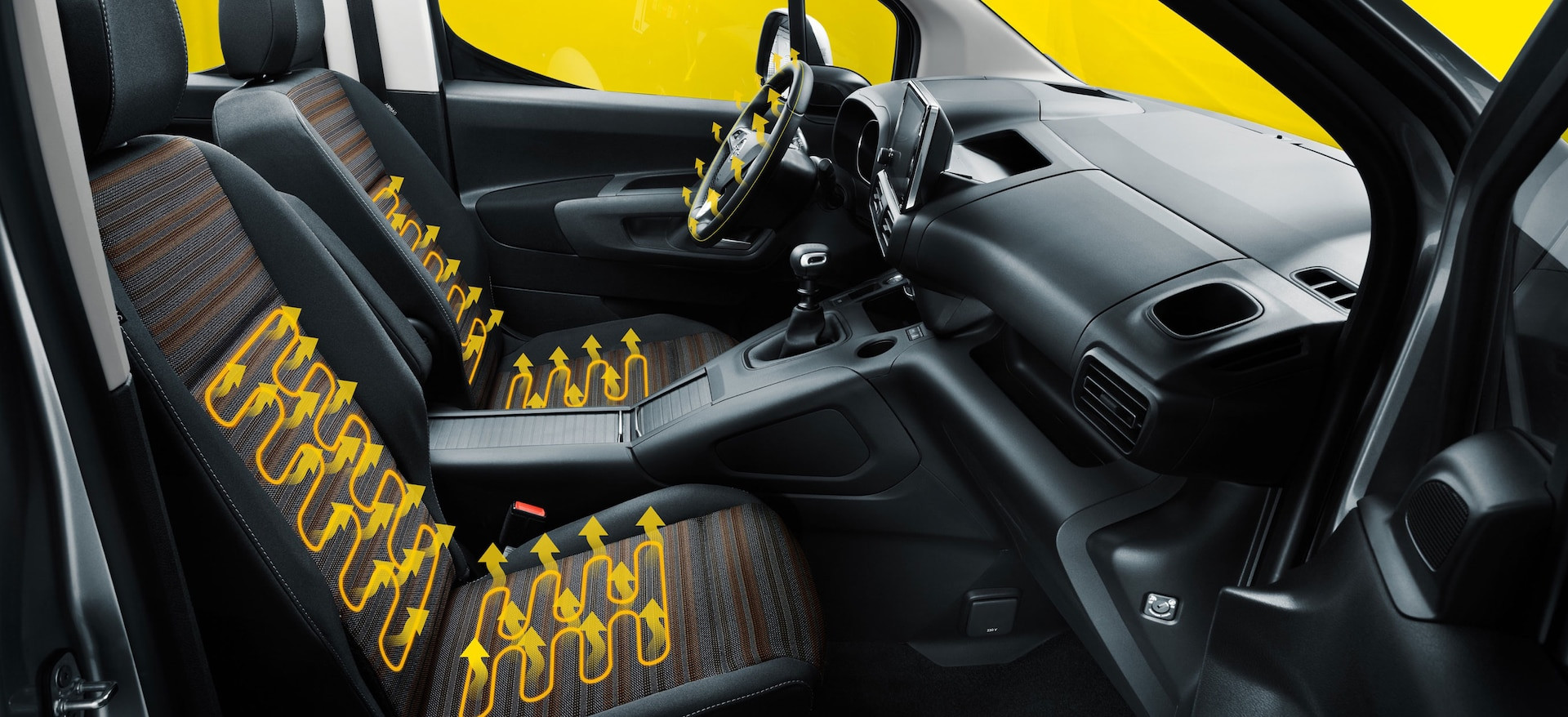opel_combo_life_interior_heated_seats_21