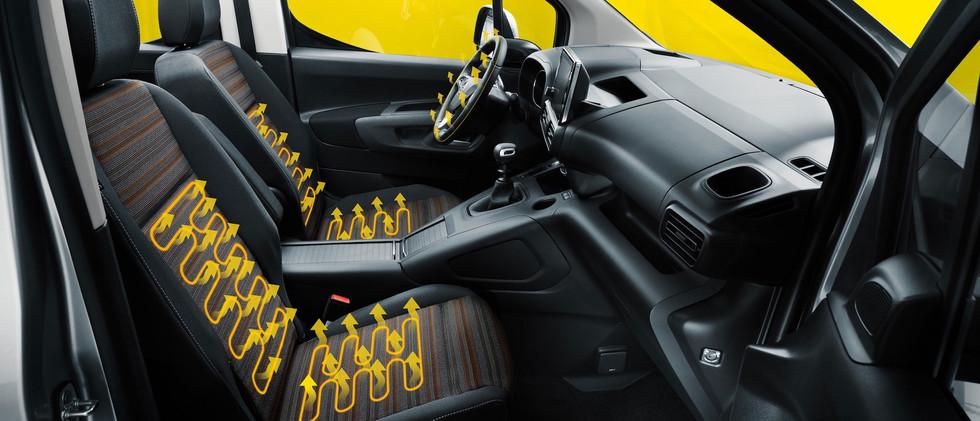 opel_combo_life_interior_heated_seats_21