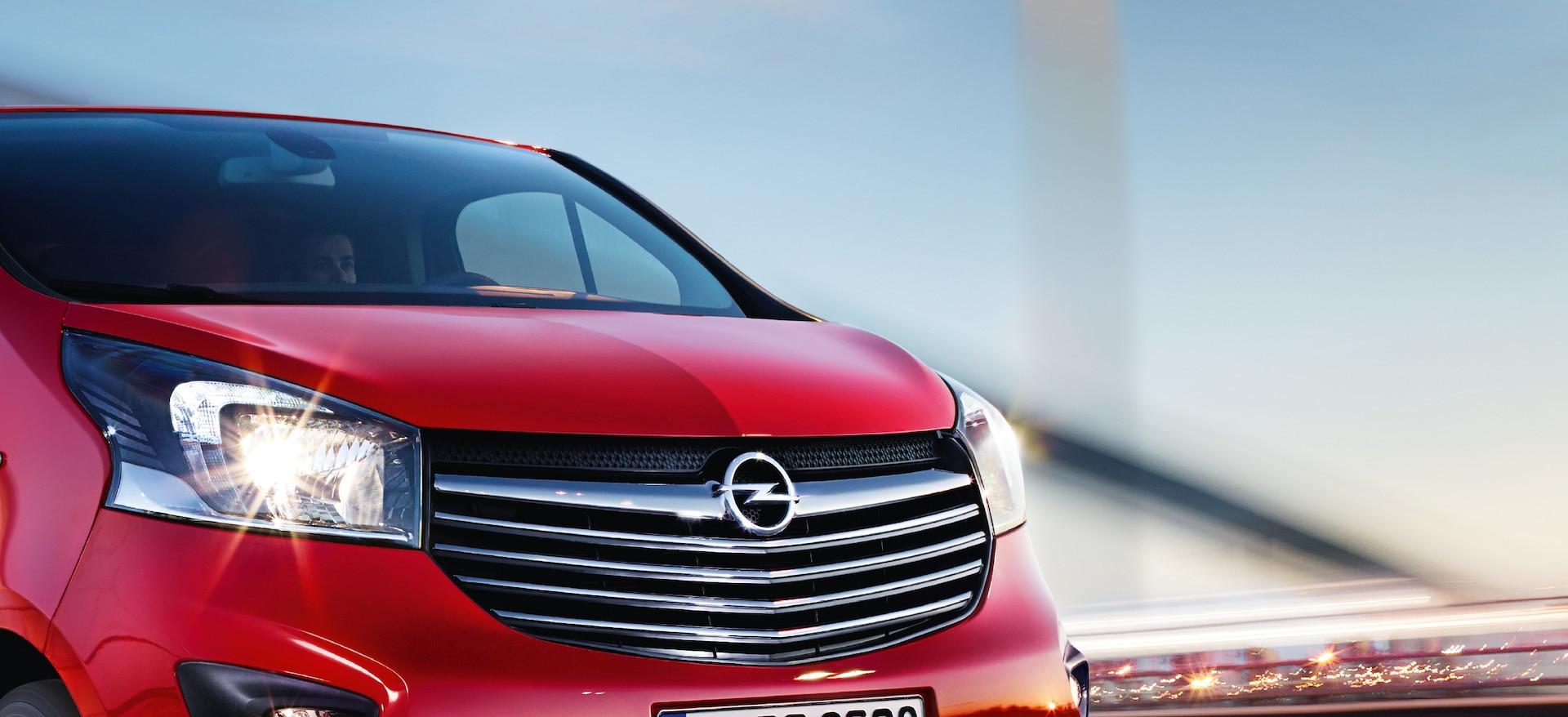 Opel_Vivaro_21x9_vi15_e01_653.jpg