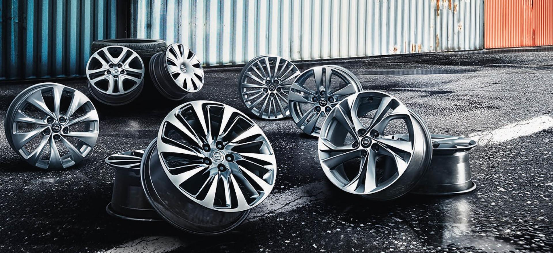 Opel_Astra_Hatchback_Wheels_21x9_as16_w0
