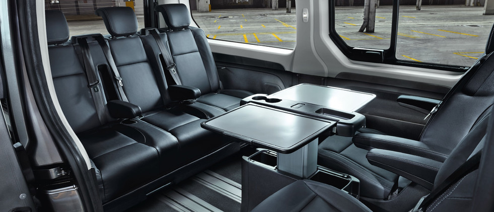 Opel_Vivaro_Tourer_2nd_Row_Bench_21x9_vi
