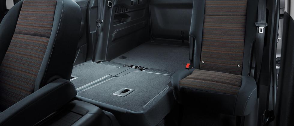 opel_combo_life_rear_split_seats_21x9_cm