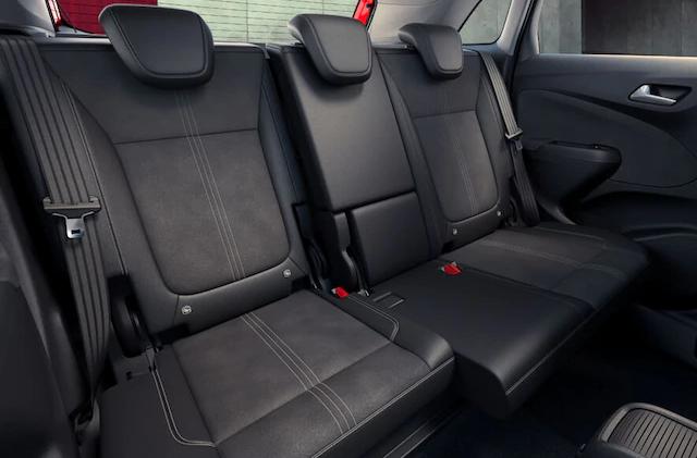 opel_crossland_interior_sliding-seats_4x
