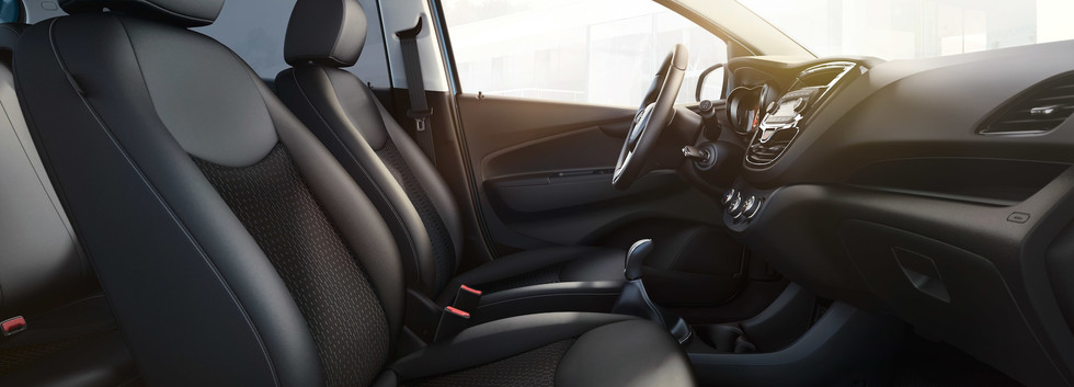Opel_KARL_ROCKS_Interior_21x9_ka19_i02_0