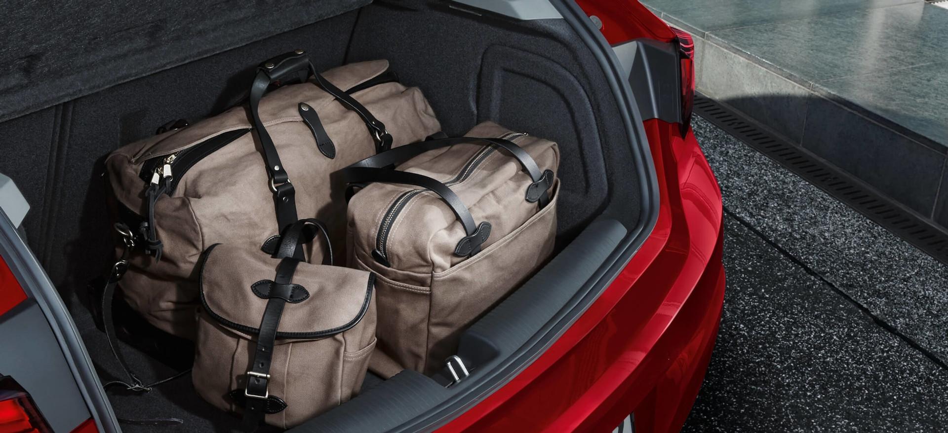 Opel_Astra_Hatchback_Storage_Space_21x9_