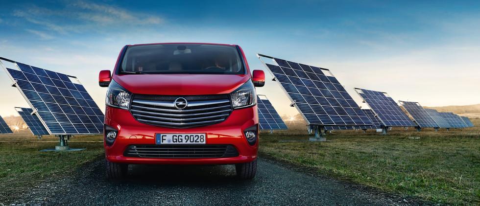 Opel_Vivaro_21x9_vi15_e01_691.jpg