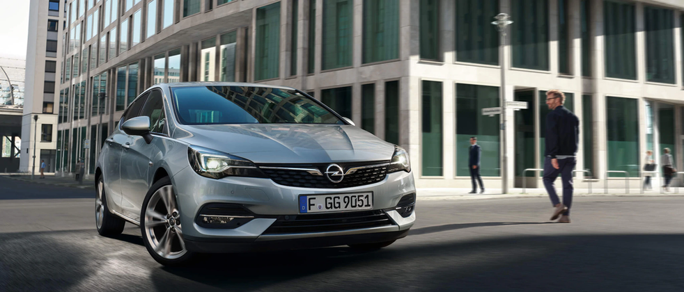 Opel_Astra_Hatchback_Exterior_21x9_as20_