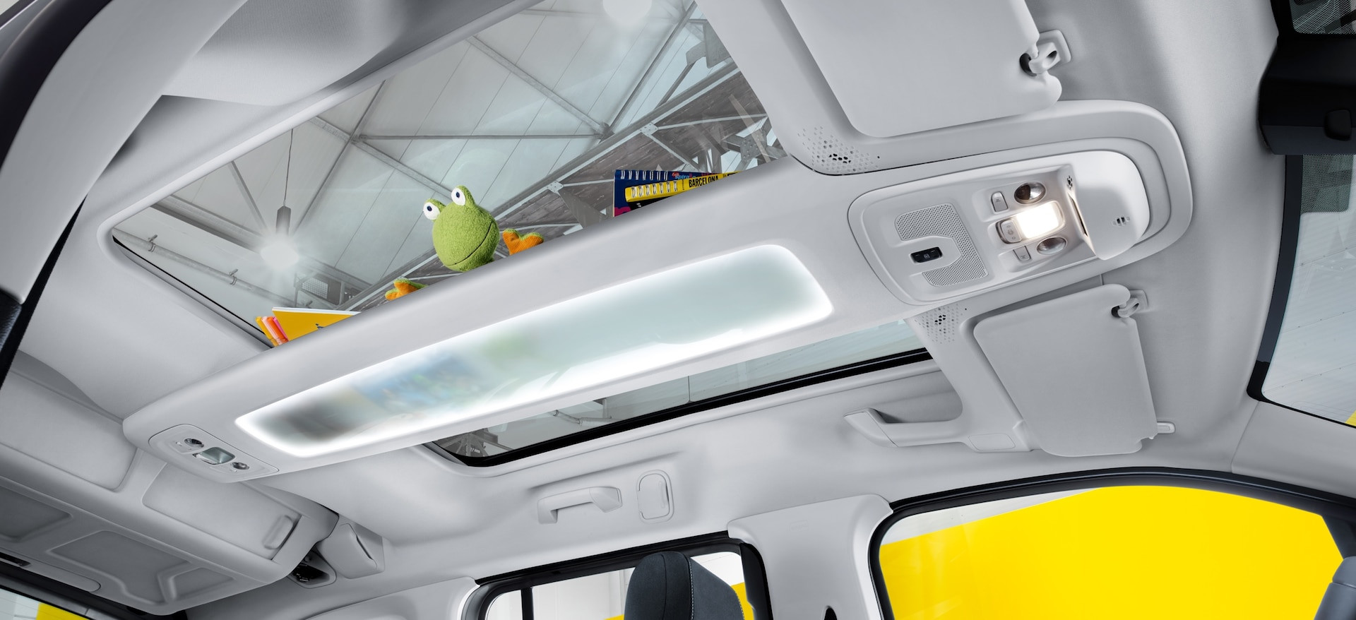 opel_combo_life_panoramic_roof_21x9_cml1