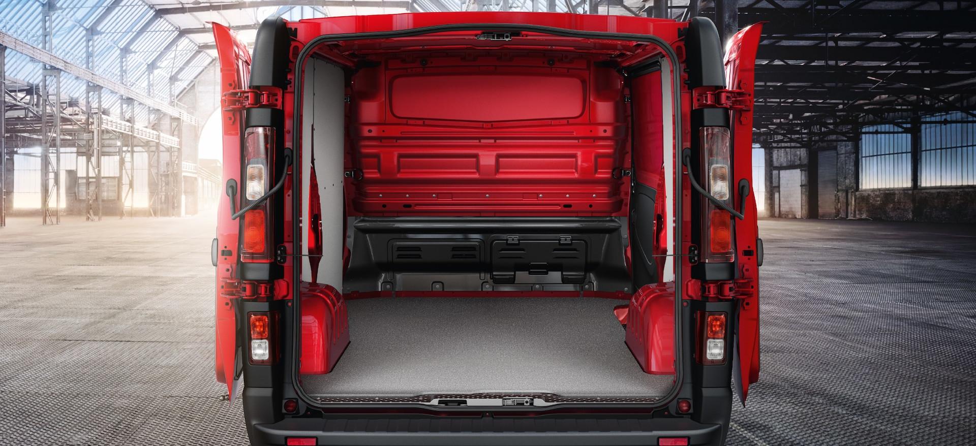 Opel_Vivaro_21x9_vi16_e02_705.jpg