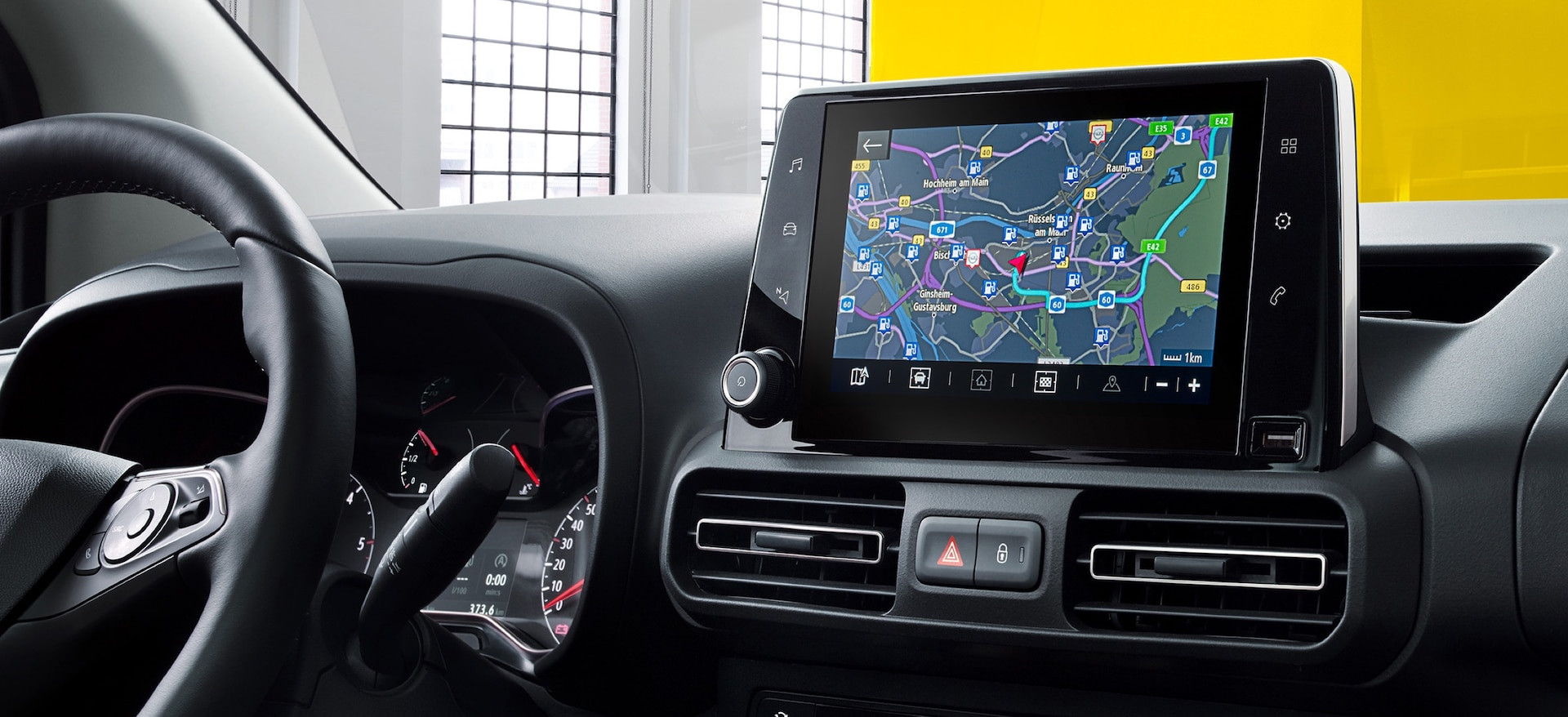 opel_combo_life_navigation_touchscreen_2