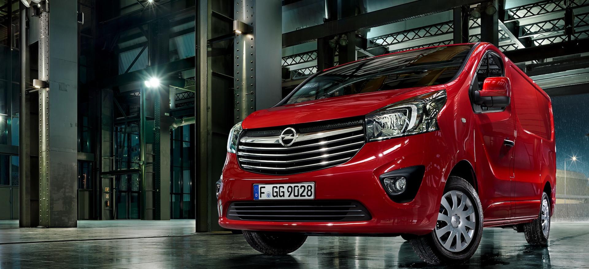 Opel_Vivaro_Van__21x9_vi15_e01_699_2.jpg