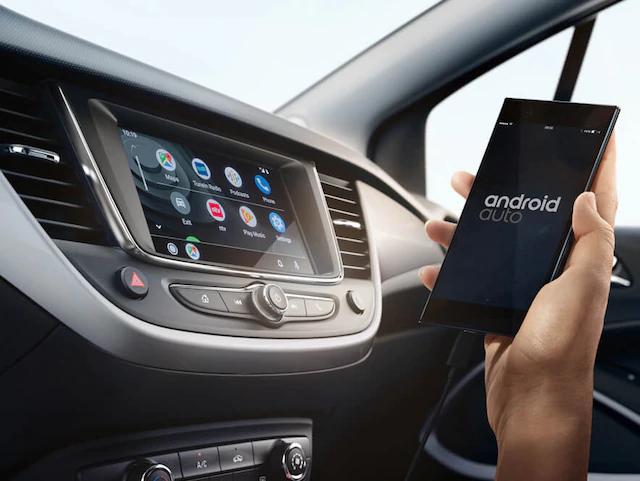 Opel_Crossland_X_Interior_Infotainment_4