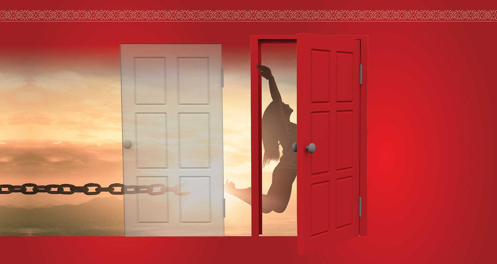 middle_doors_red.jpg