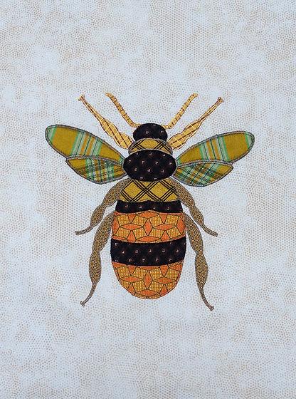 Bee 5.jpg
