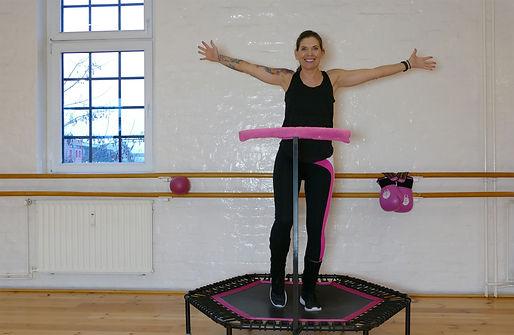 zuhause-fitness_trampolin_verleih.jpg