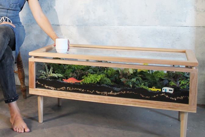 Terrarium Table for Black & Decker