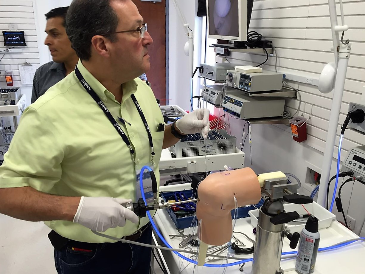 Dr. Alberto Padilla