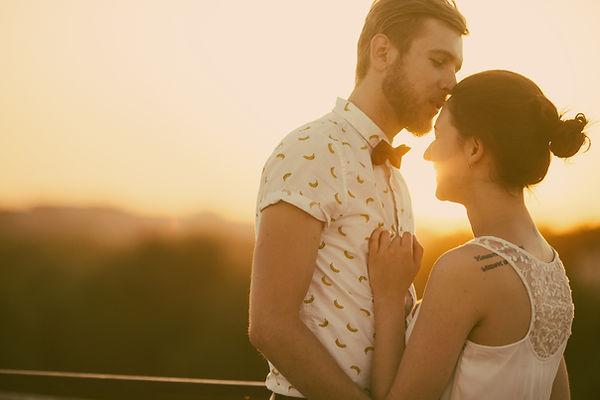 Alternative wedding couple