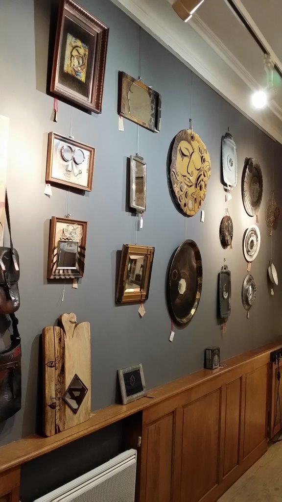 Miroirs insolites - Reflets du passé
