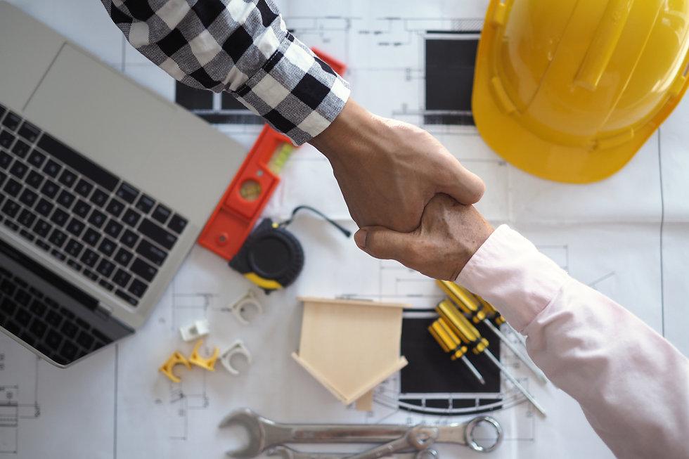 hand-hand-project-contractors-customers-