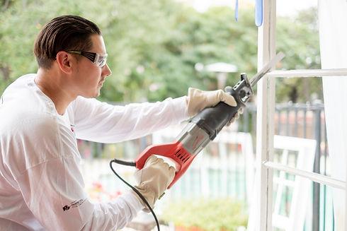 window replacement and installtion of new custom vinyl windows