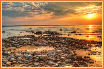 lake_huron_sunrise_515571.jpg