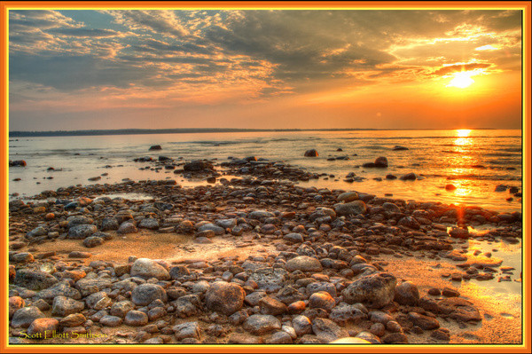 lake_huron_sunrise_515571.jpg