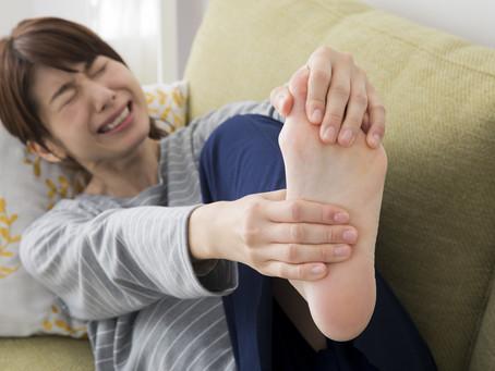 【Q&A】足裏が痛いのですがどうしたらいいですか? 40代女性の悩み