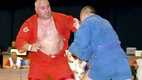 """""""Мурат Хасанов и есть самбо"""". Самый титулованный самбист мира отмечает 50-летний юбилей"""