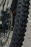 mountain-biking-1437534_1920P.jpg