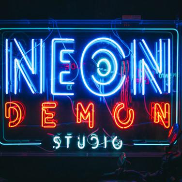 neon_demon_logo_1.jpg