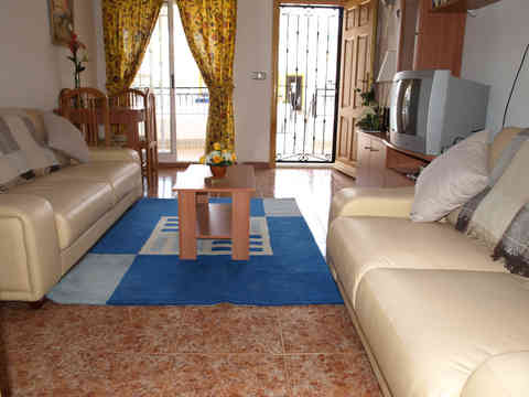 Top Floor Apartment With Communal Swimming Pool