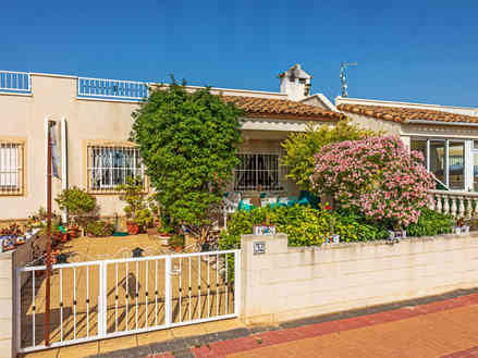 Property For Sale In Lo Crispin