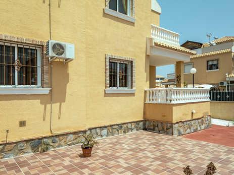 3 Bedroom Villa With Front Tiled Garden