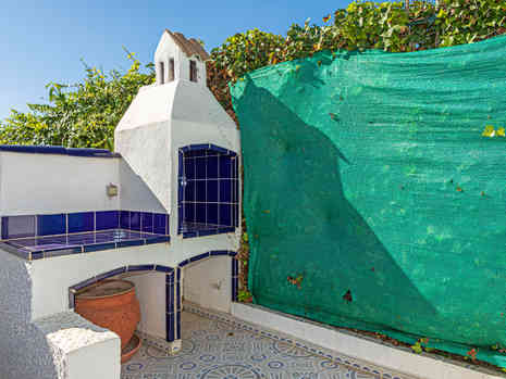Rear Tiled Garden