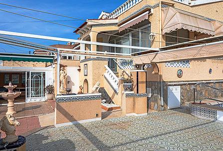 Villa For Sale In Ciudad Quesada, 2 Villas 1 Plot - QRS 9367 | Inmobiliaria