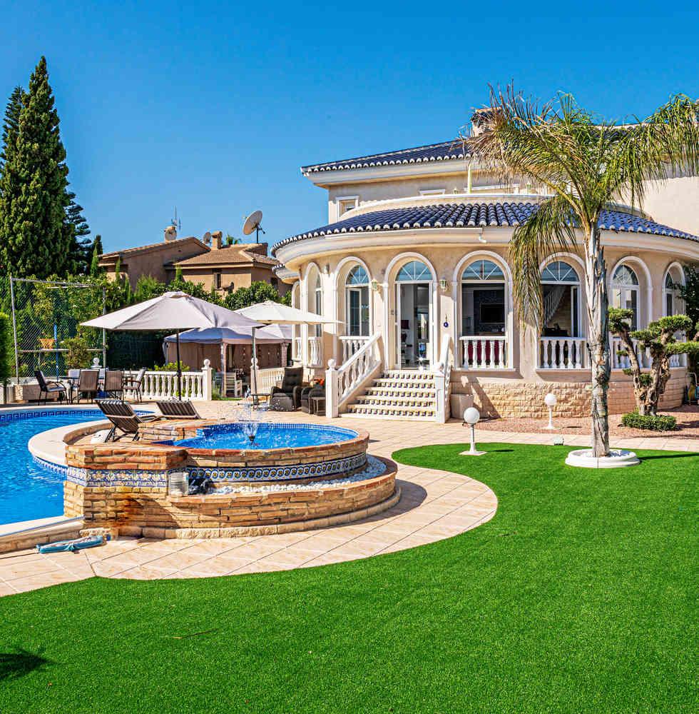 Luxury Property For Sale In Doña Pepa