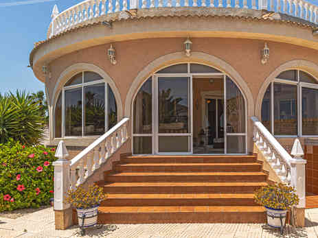 Sun Room Entrance From Private Swimming Pool