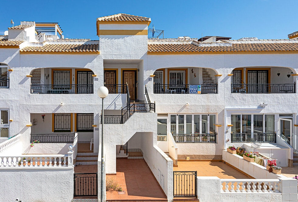 Apartment For Sale In Entre Naranjos - QRS9245  Inmobiliaria Estate Agents